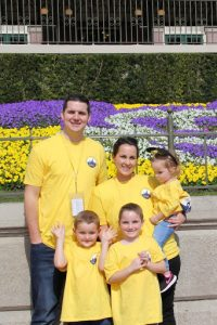 Read more about the article Faces of Holley Day: Lisa Lyon describes the importance of her family's Kendra Scott-sponsored Inheritance of Hope Legacy RetreatⓇ